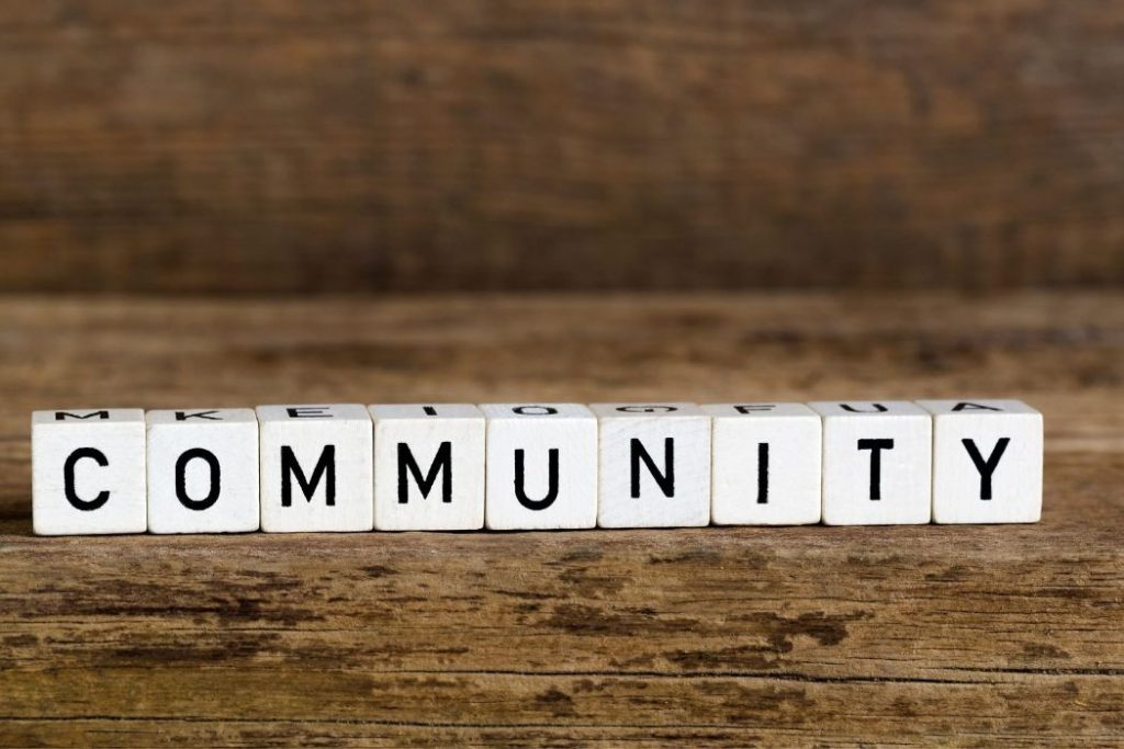 Creating your personal blog allows you to Contribute to the development of your community